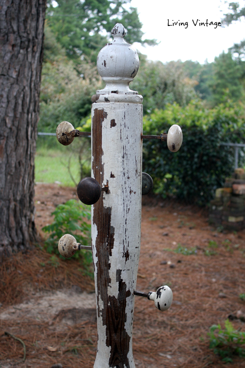 Antique Column with knobs
