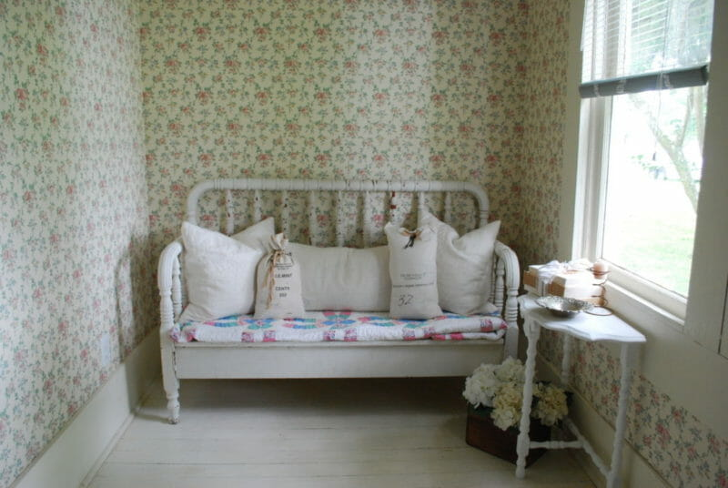 Farmhouse charm with this chippy bed made out of an old spindle bed