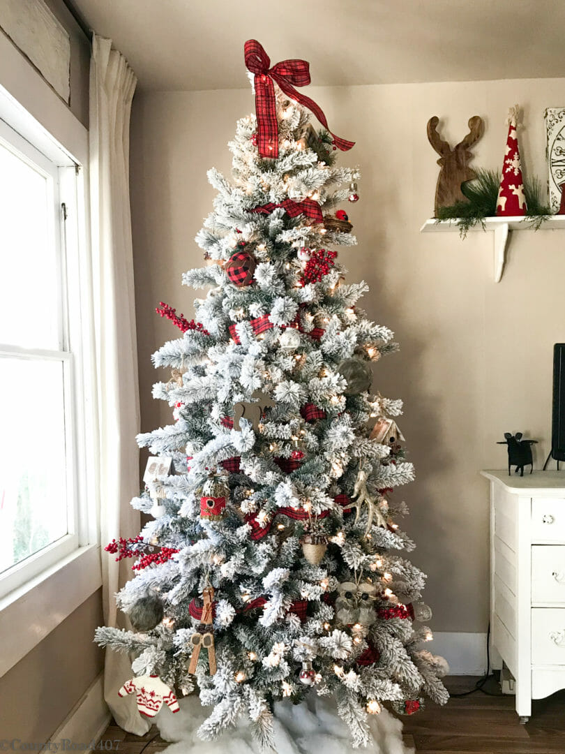 Woodland Christmas tree - Countyroad407.com