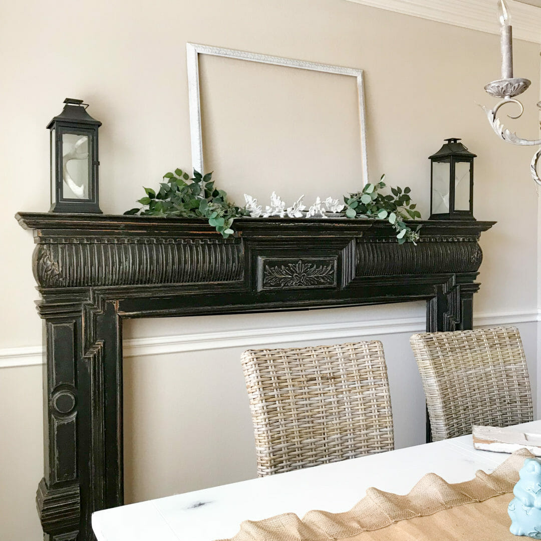 How I use empty frames in my decor  County Road 407