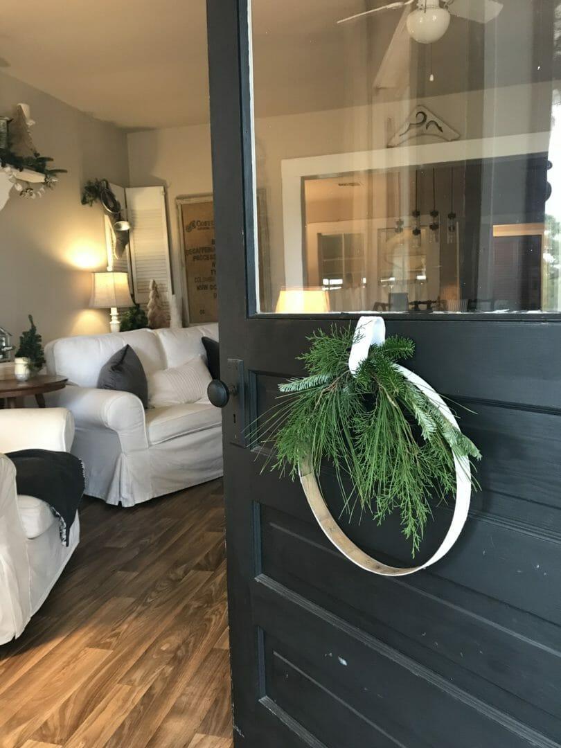 A Repurposed Farmhouse Christmas Wreath County Road 407